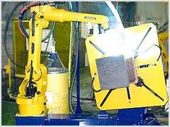 省スペース型コア・仕口兼用 溶接ロボットシステム